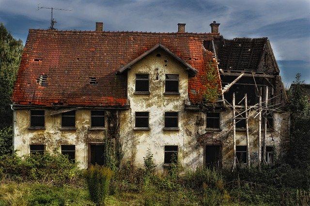 Ett fallfärdigt hus